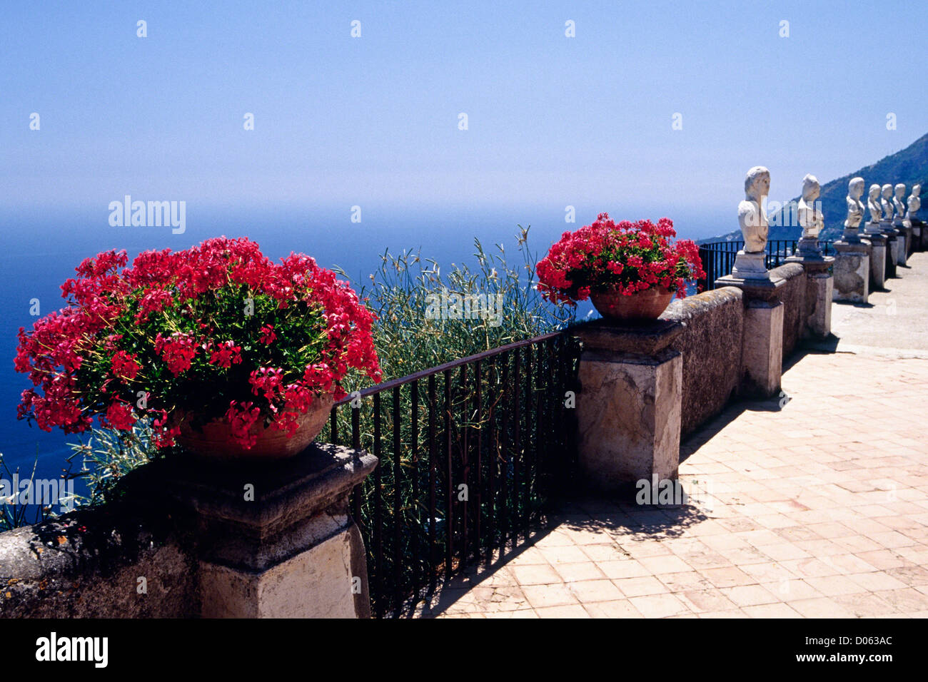 Flowers and Sculptures on the Belvedere of Infinity, Villa Cimbrone, Campania, Italy - Stock Image