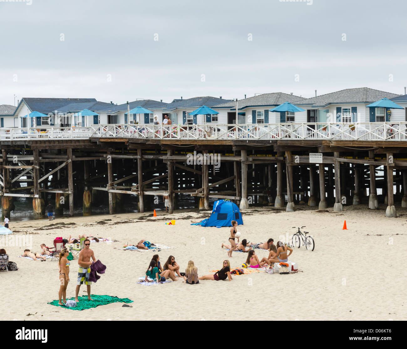 Pacific Beach, San Diego - the Crystal Pier Hotel with individual houses built in the pier. - Stock Image