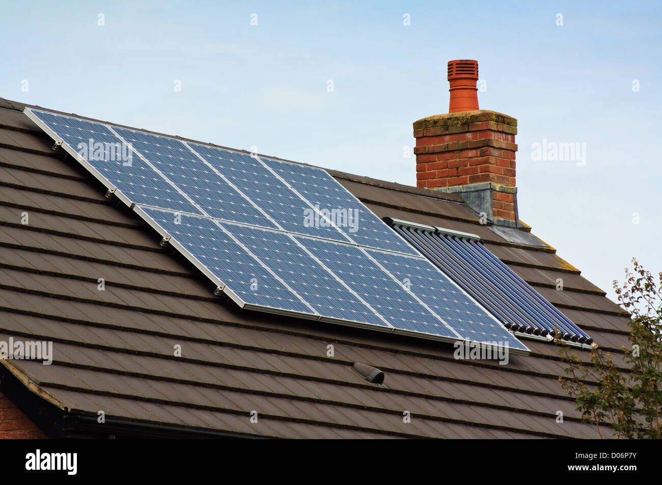 Green Tiled Roof Stock Photos & Green Tiled Roof Stock Images - Alamy