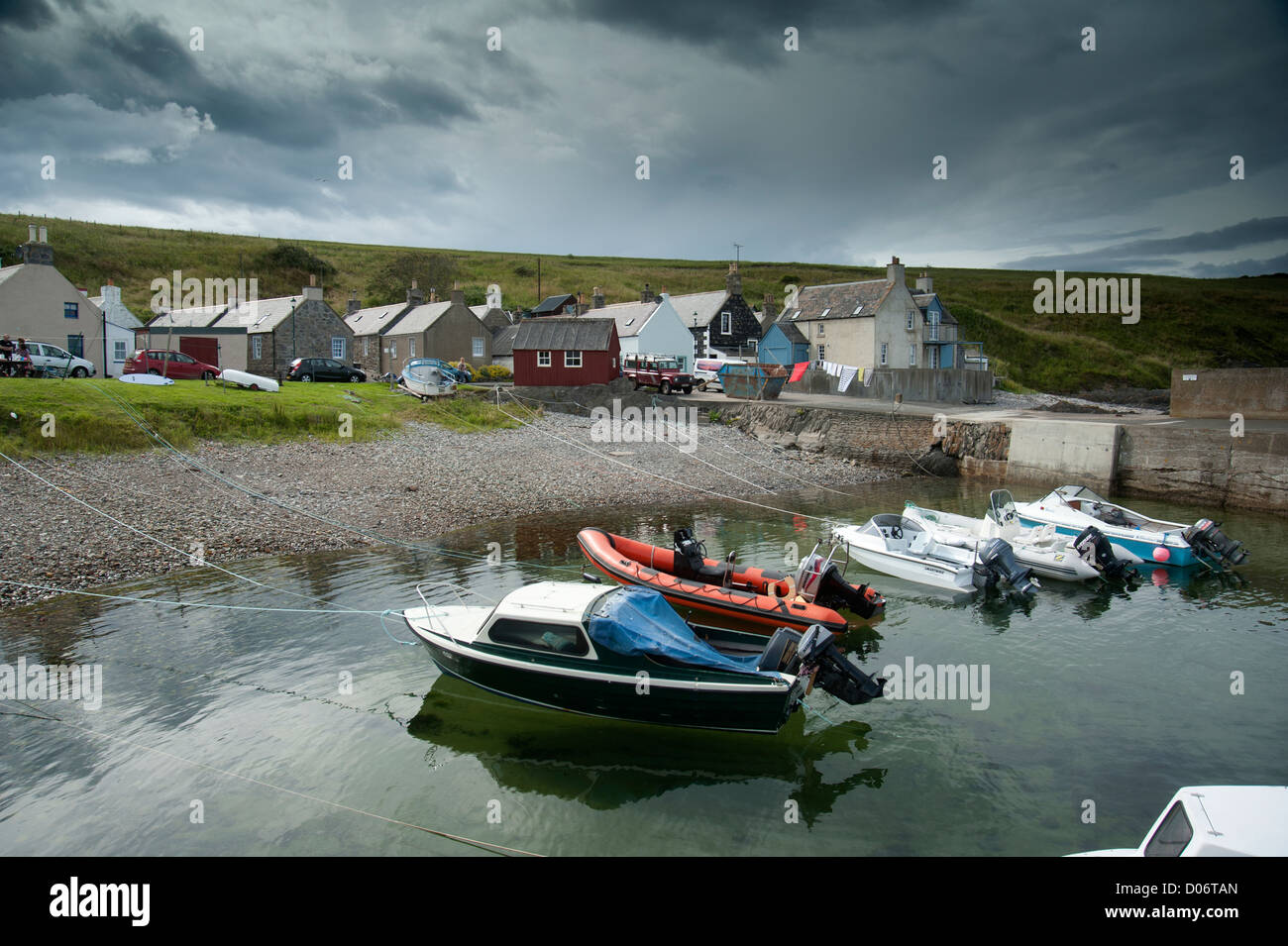 The small secluded village and harbour of Sandend, Aberdeenshire.   SCO 8455 - Stock Image