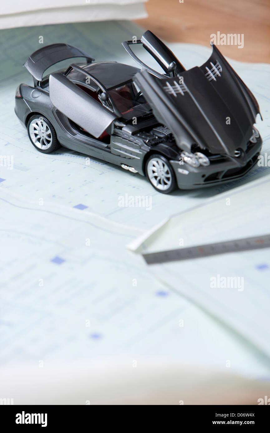 Sketch Blueprint Car Stock Photos & Sketch Blueprint Car Stock ...