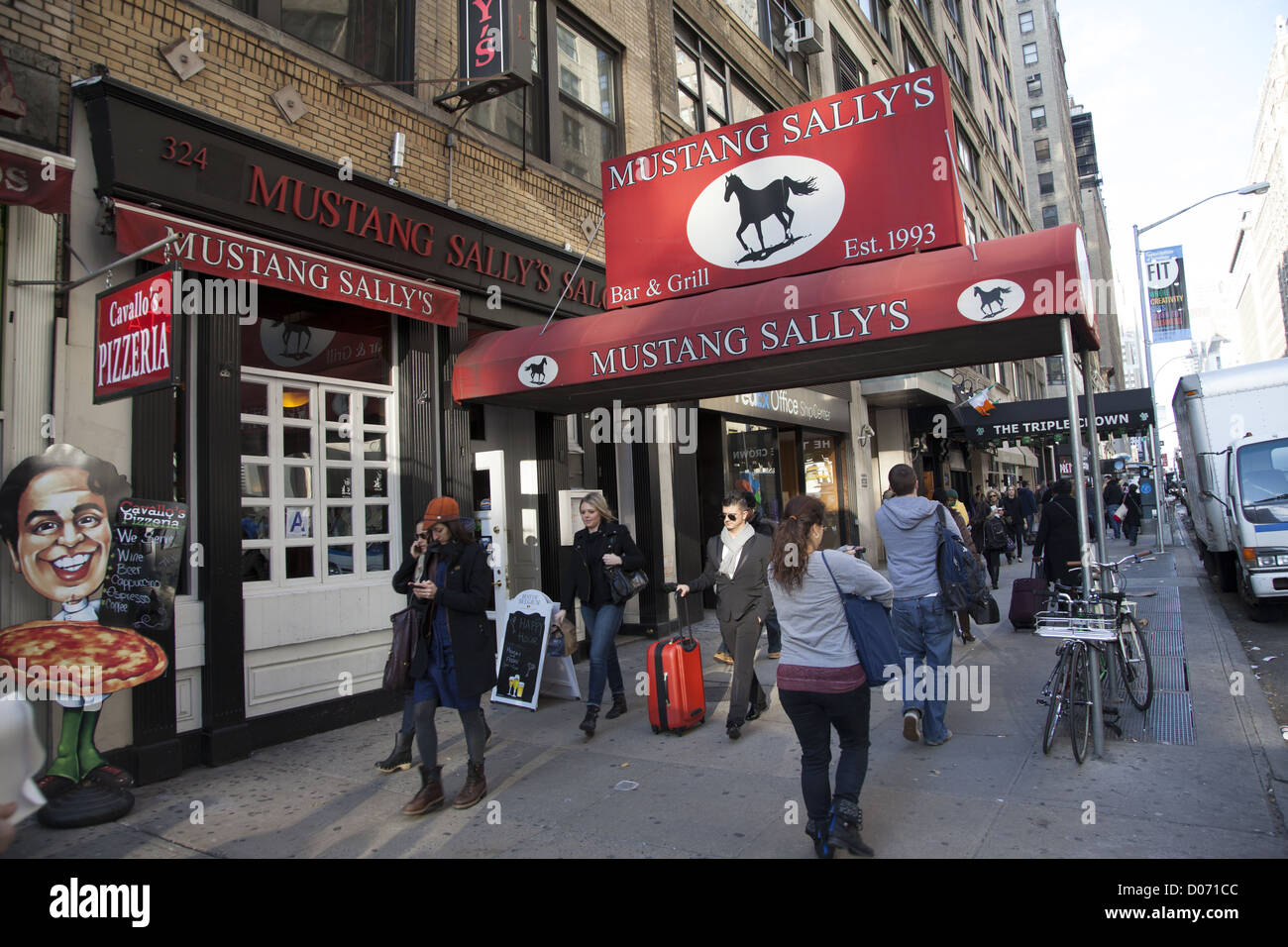 Restaurant Sidewalk Restaurants Manhattan Stock Photos Restaurant Sidewalk Restaurants