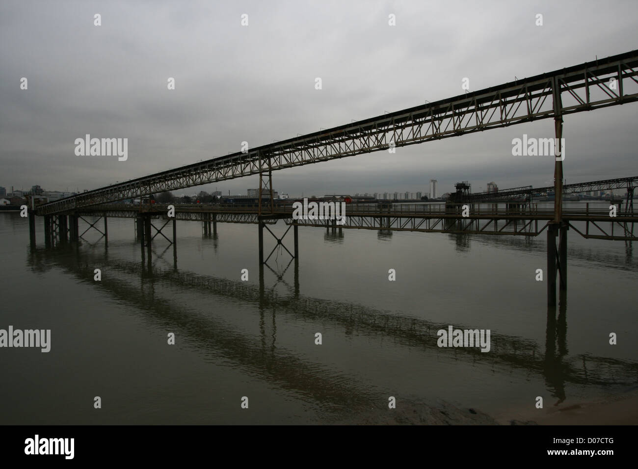 Industrial area on the Thames, London - Stock Image