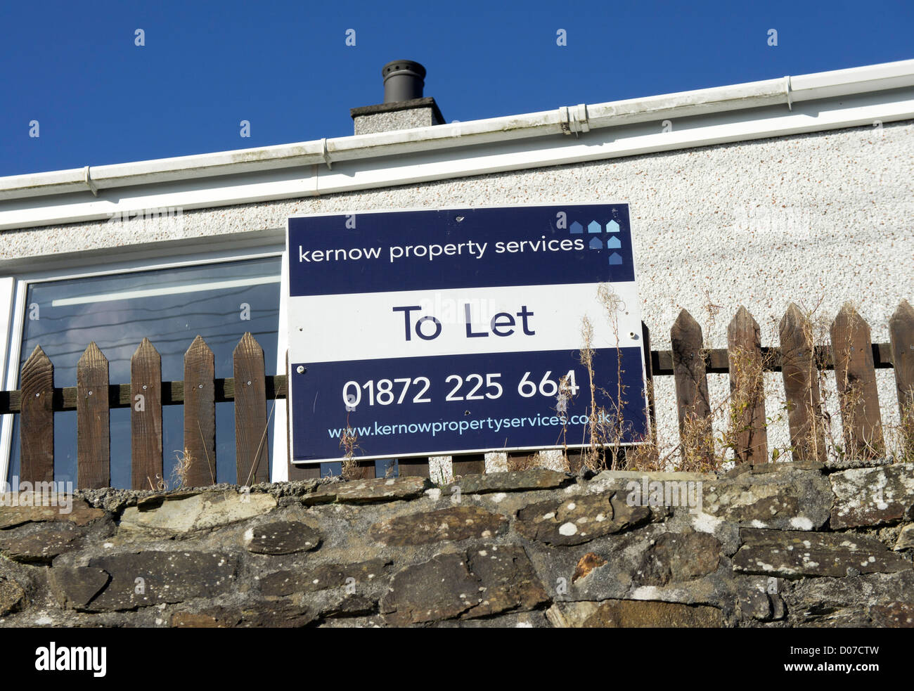 A house to let sign - Stock Image