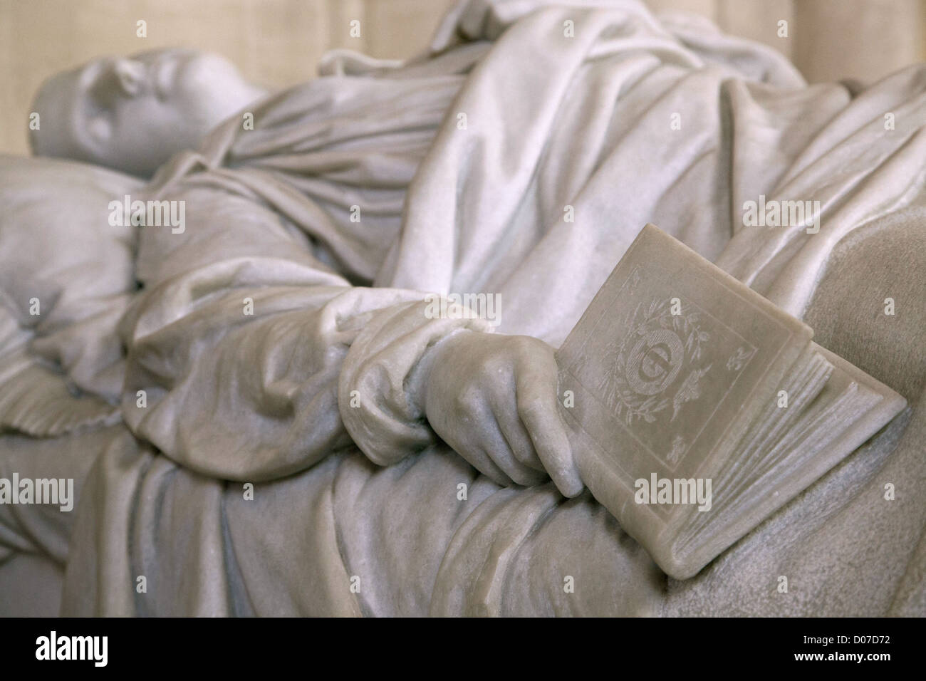 FERDINAND D'ORLEANS (1859-1873) ANOTHER GREAT GRANDSON KING LOUIS PHILIPPE RECUMBENT STATUE AIME MILLET ROYAL - Stock Image