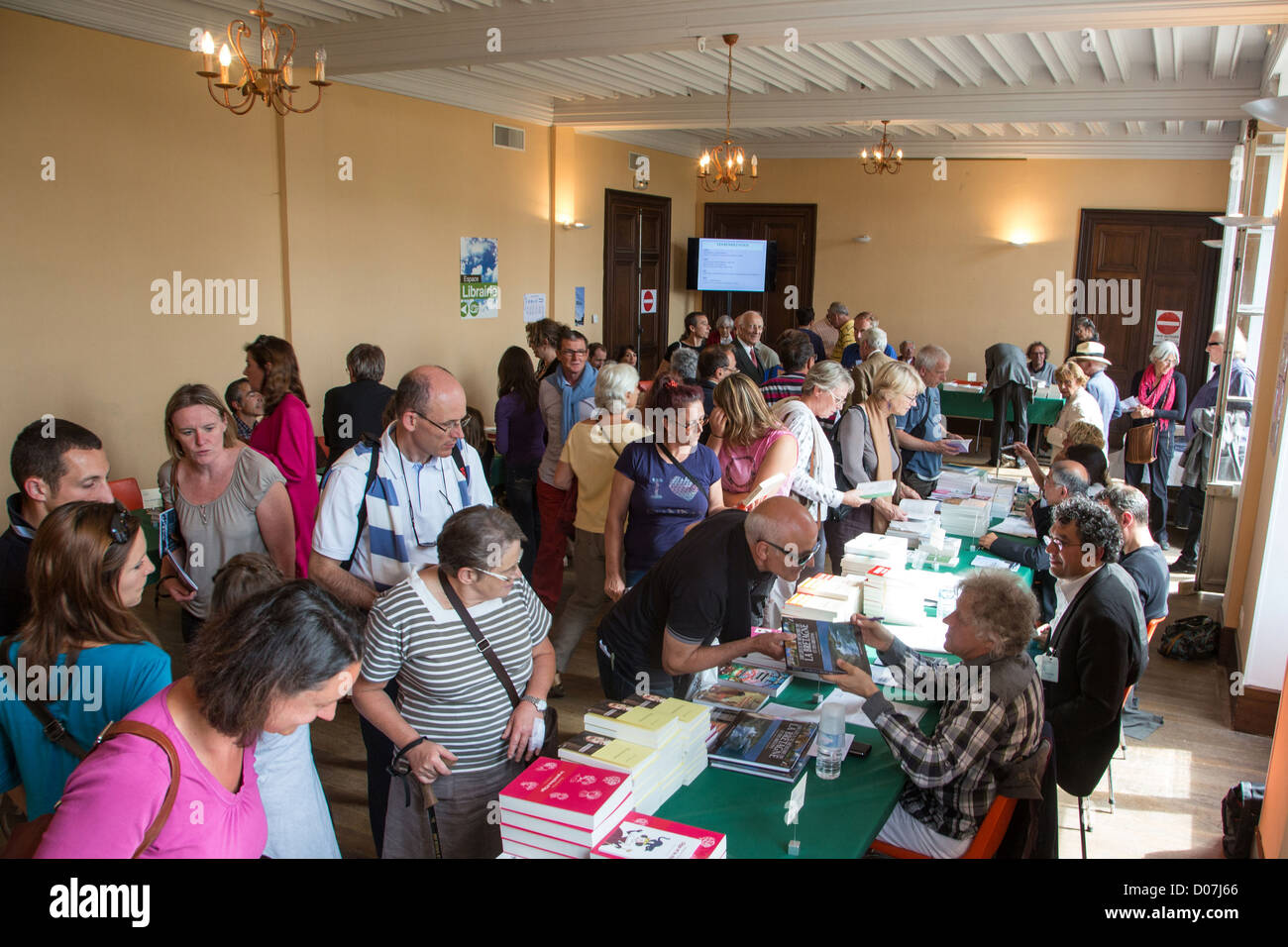 THE BOOKSTORE ENCOUNTER WITH THE AUTHORS BOOK FESTIVAL DOMAINE DE SAINT-SIMON LA FERTE-VIDAME EURE-ET-LOIR (28) - Stock Image