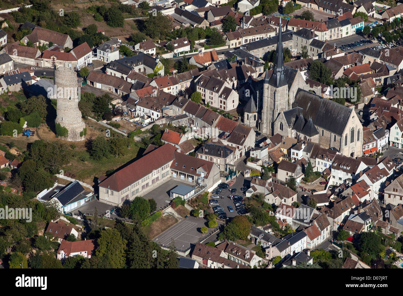 AERIAL VIE OF THE VILLAGE OF GALLARDON AND ITS FEUDAL TOWER CALLED THE 'SHOULDER OF GALLARDON' EURE-ET-LOIR - Stock Image
