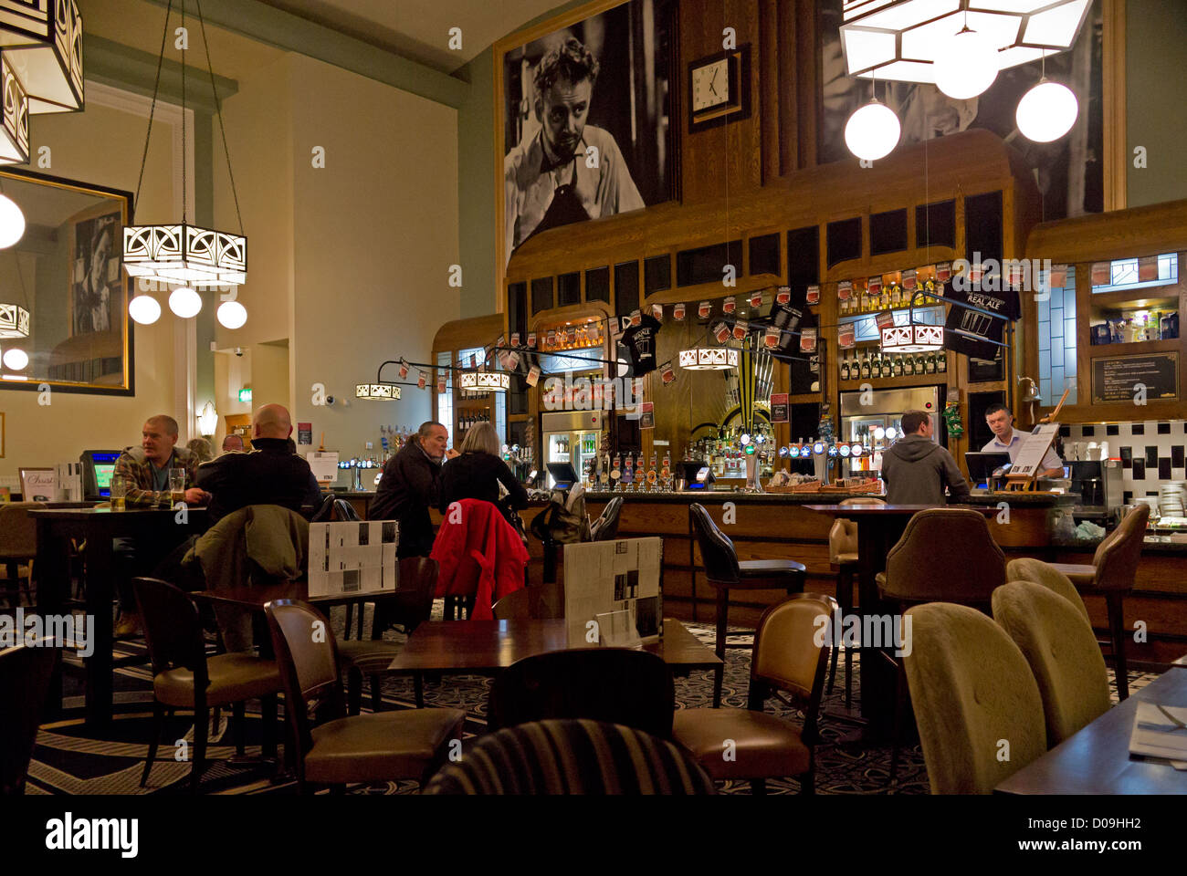 Wetherspoons Pub interior.  The Peter Cushing Whitstable - Stock Image