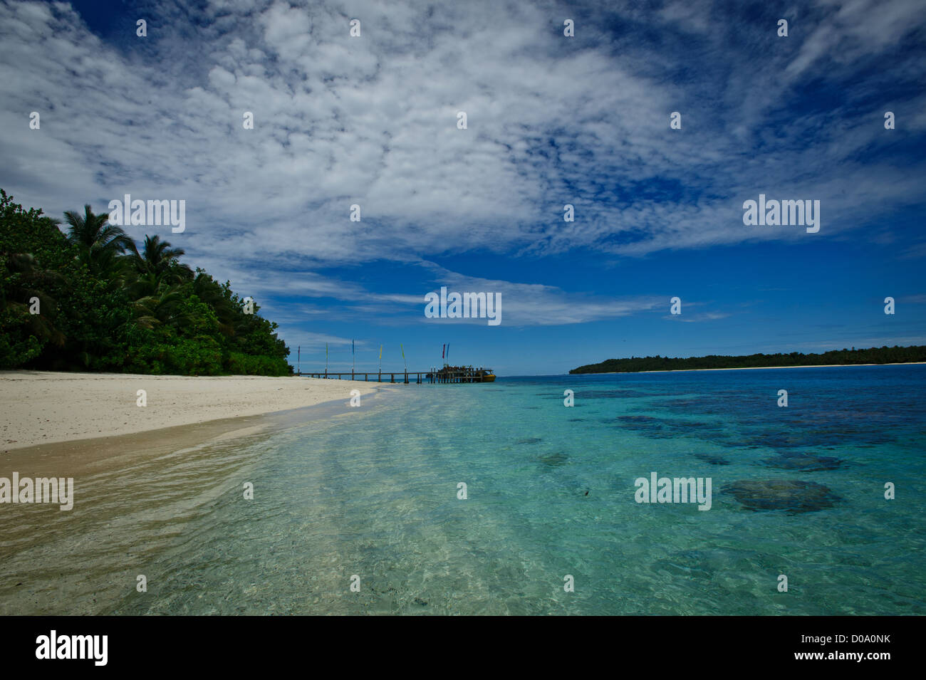 The white sand beach of Aloita island in the Mentawai, West Sumatra, Indonesia. A gem in the Indian Ocean - Stock Image