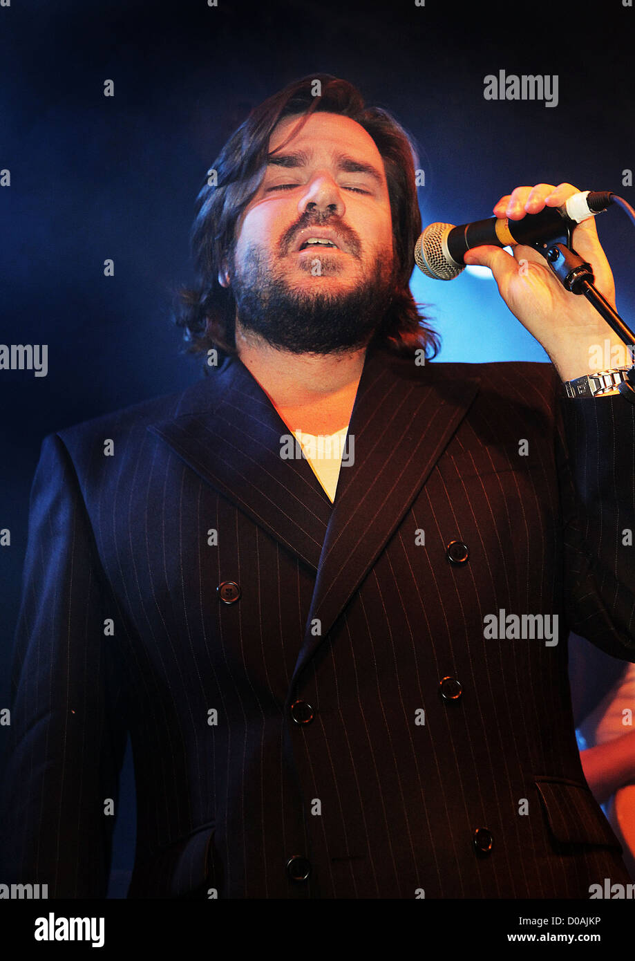 Matt Berry of Mighty Boosh and IT Crowd fame performing at Liverpool Masque. Liverpool, England - 23.11.10 - Stock Image