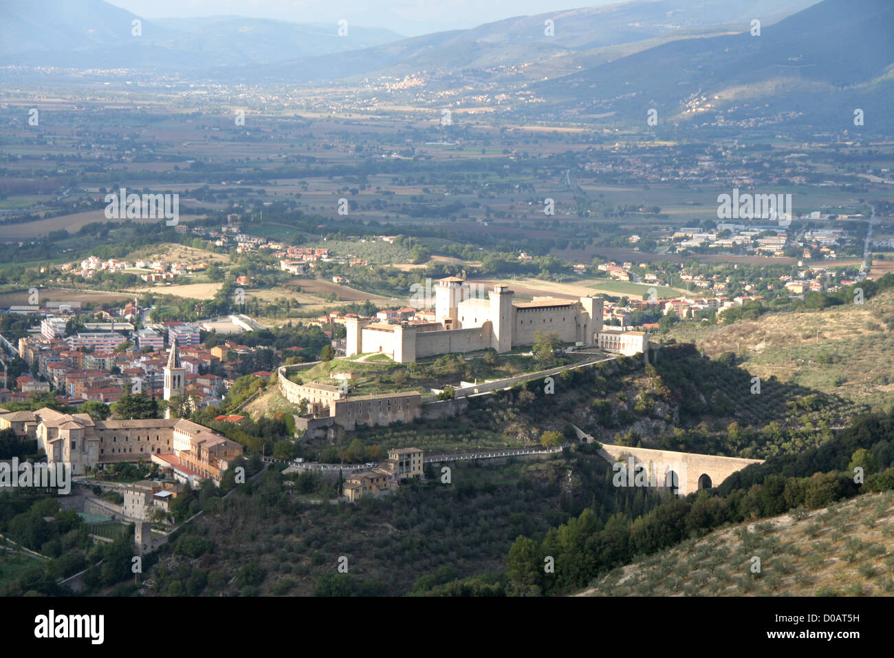 The walled rocca fortress and town of Spoleto from San Giuliano - Stock Image