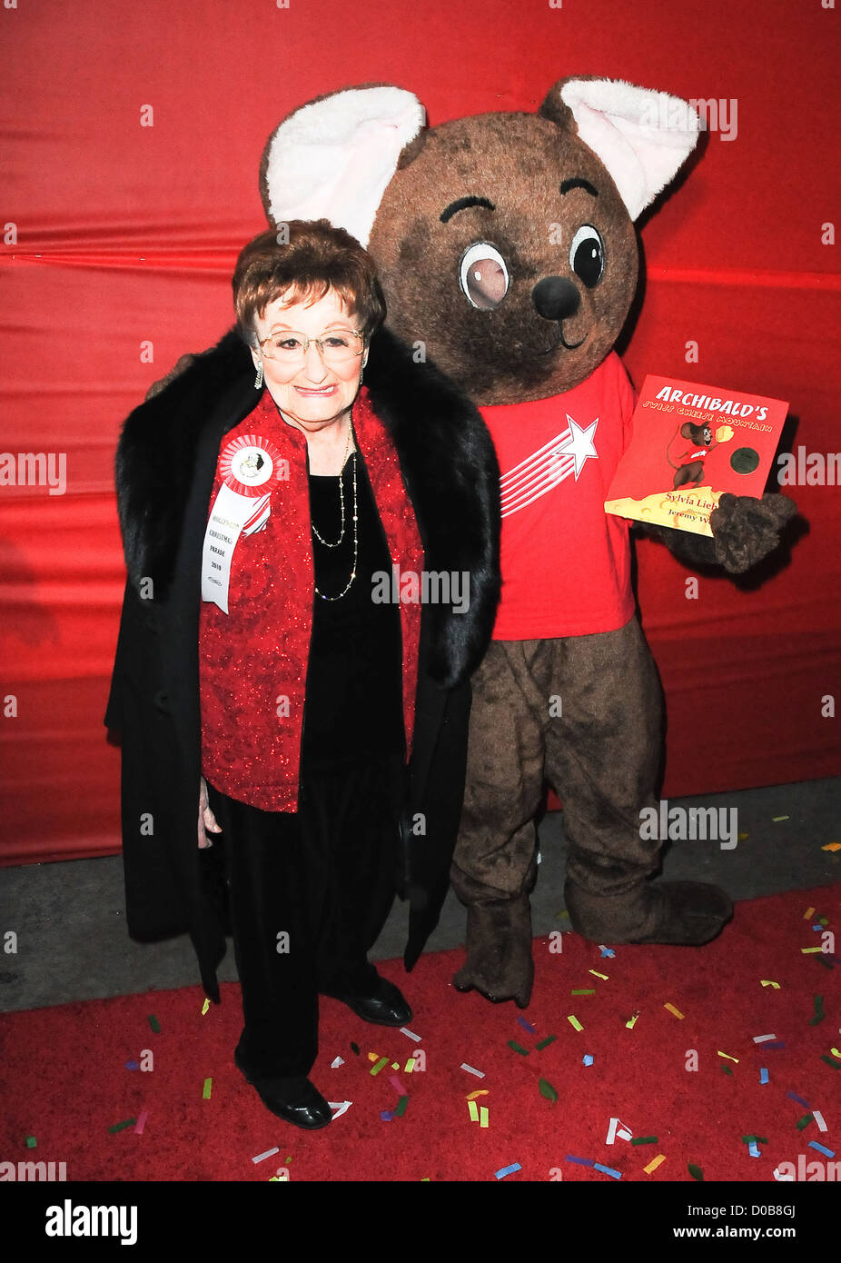 Sylvia Lieberman and Archibald the mouse The Hollywood Christmas Parade held at Author Services - Arrivals Hollywood - Stock Image