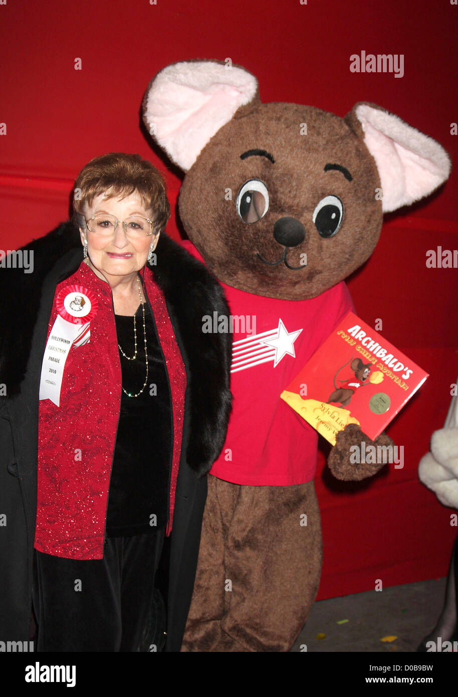 Sylvia Lieberman with Archibald Mouse The Hollywood Christmas Parade held at Author Services - Arrivals Hollywood - Stock Image