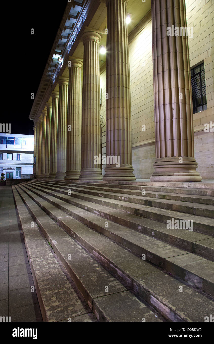 Dundee City's Caird Hall in the City Square - Stock Image