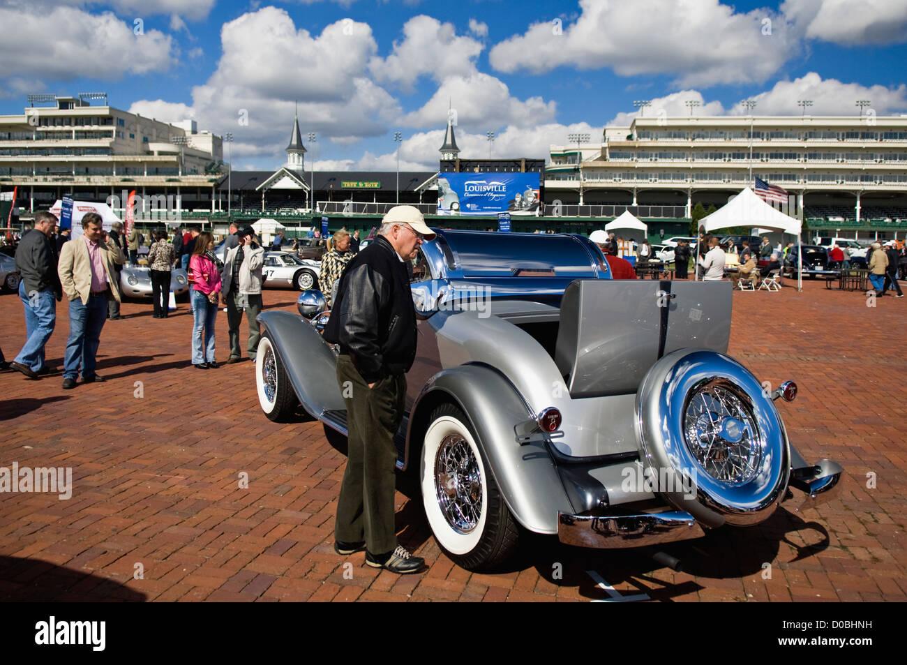 Vintage Automobile Stock Photos & Vintage Automobile Stock Images ...
