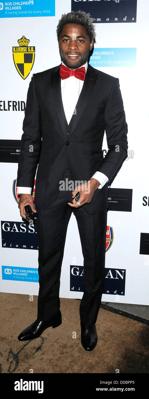 Arsenal's holding midfielder Alex Song Billong arriving at ABC SOS Ball. London, England - 05.12.10 - Stock Image