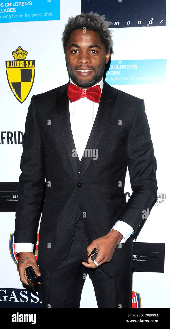 Arsenal's holding midfielder Alex Song Billong arriving at ABC for SOS Ball. London, England - 05.12.10 - Stock Image