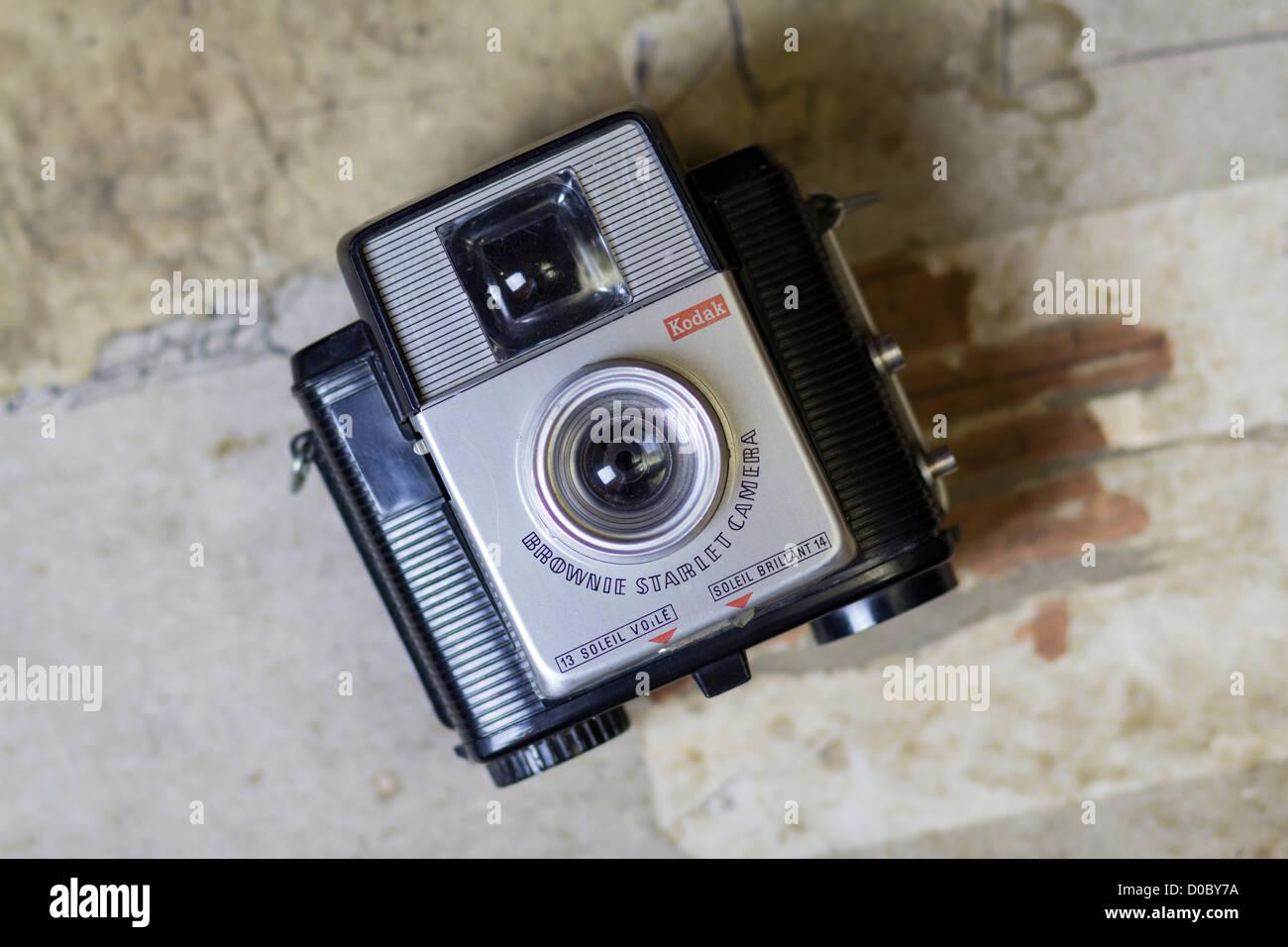 Vintage Kodak Brownie Starlet camera french version - Stock Image