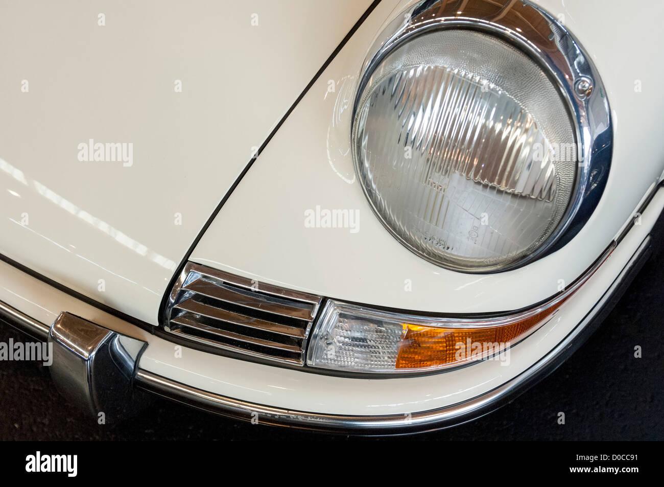 White classic Porsche 911 - Stock Image