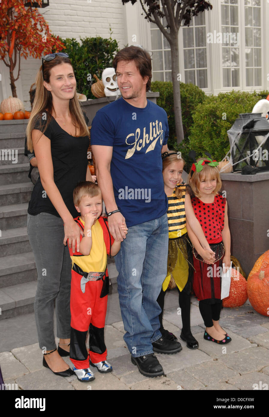 Mark Wahlberg Rhea Durham And Their Children Celebrities