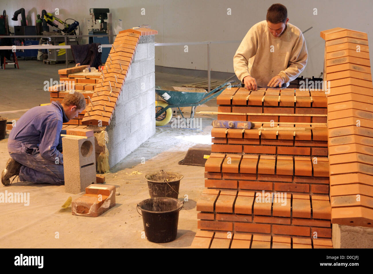 STUDENT IN MASONRY 42ND OLYMPIADES DES METIERS IN BRITTANY RENNES FRANCE - Stock Image
