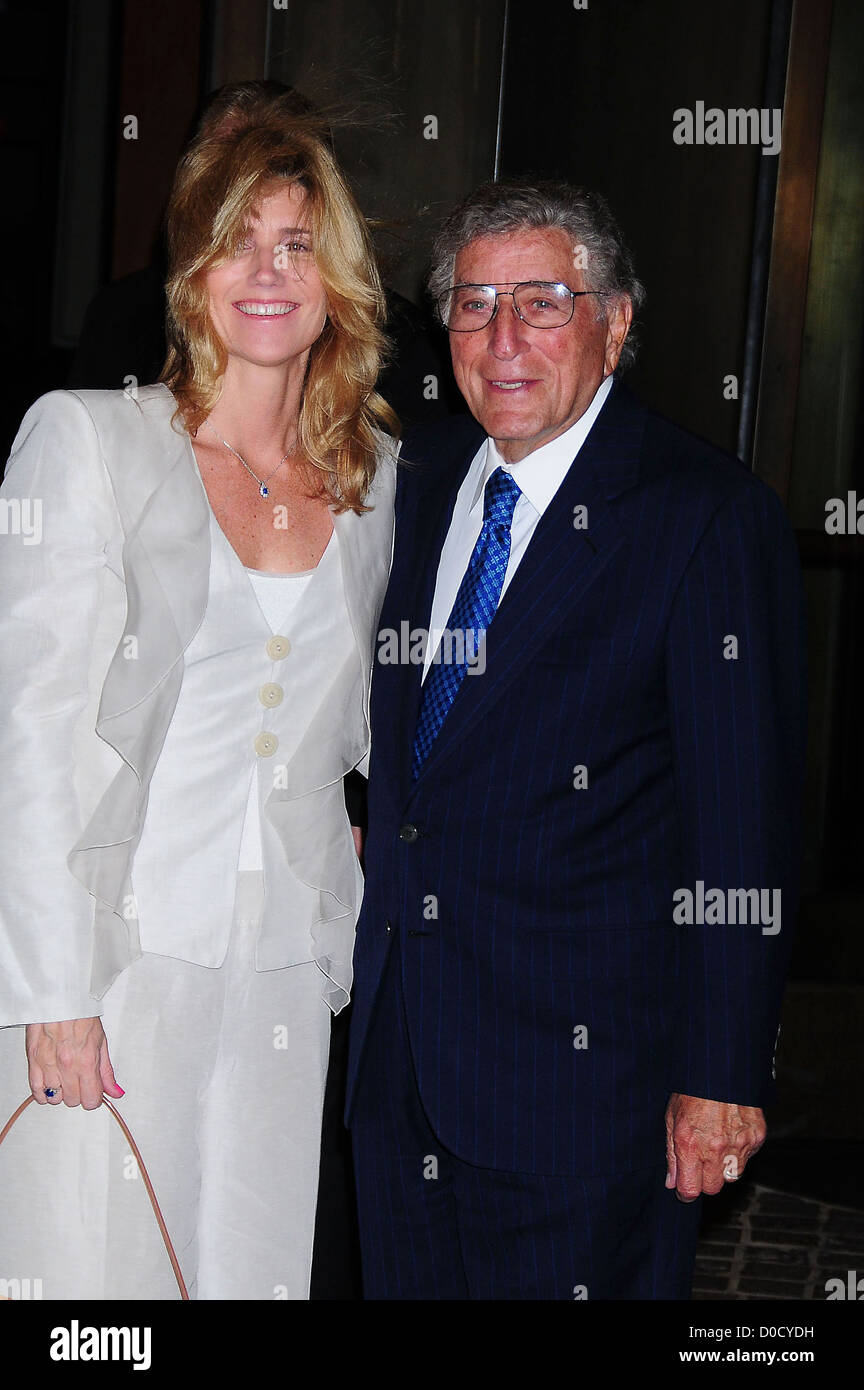 Tony Bennett and Susan Crow Screening of 'Conviction' held at the Tribeca Grand Hotel New York City, USA - Stock Image