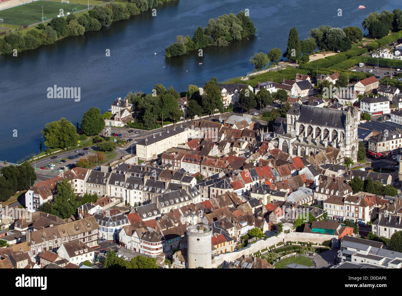 THE TOWN OF VERNON ON THE BANKS OF THE SEINE WITH ITS COLLEGIATE CHURCH OF NOTRE-DAME EURE (27) NORMANDY FRANCE - Stock Image