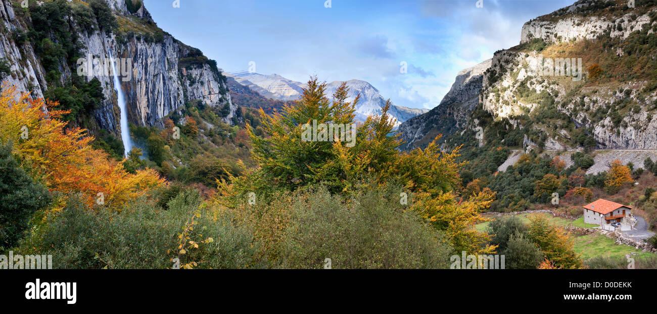 River Ason valley in the Parkland  'Collados del Ason' (Cantabria,Spain. - Stock Image