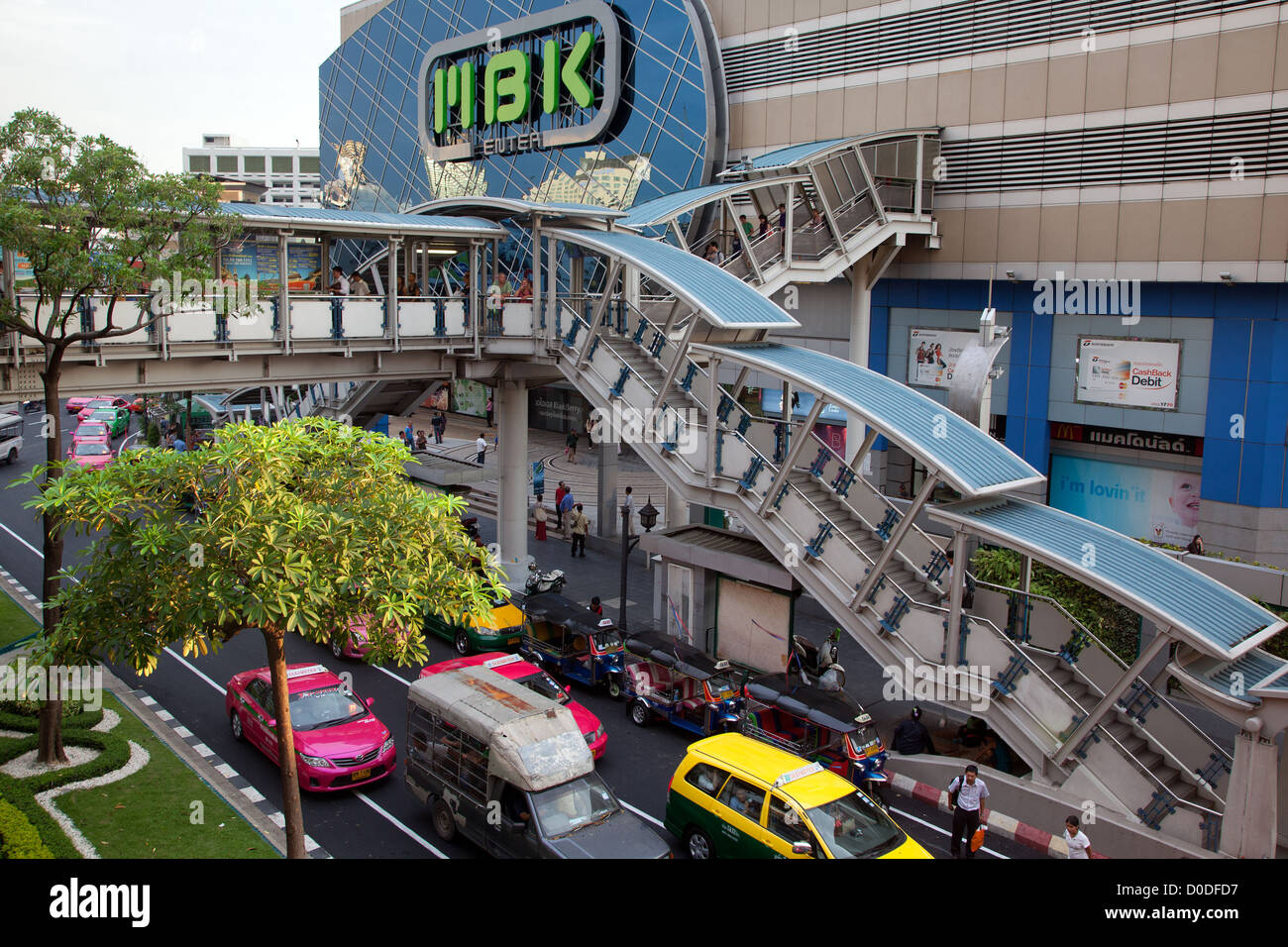 TRAFFIC IN FRONT OF THE MBK CENTER ONE OF THE BIGGEST SHOPPING MALLS