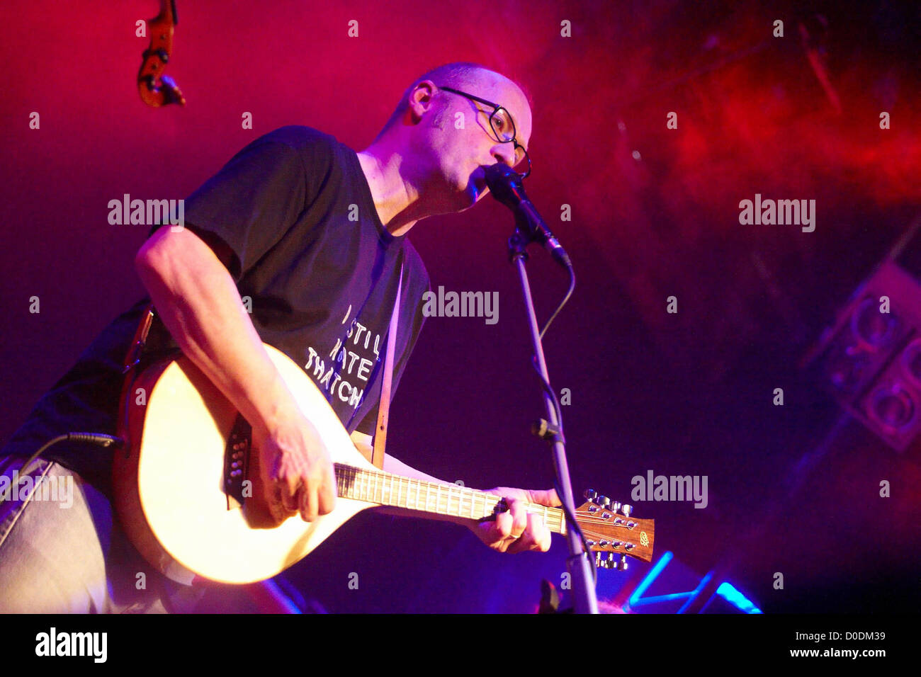 Adrian Edmondson of The Bad Shepherds playing at The Brook Southampton, England - Stock Image