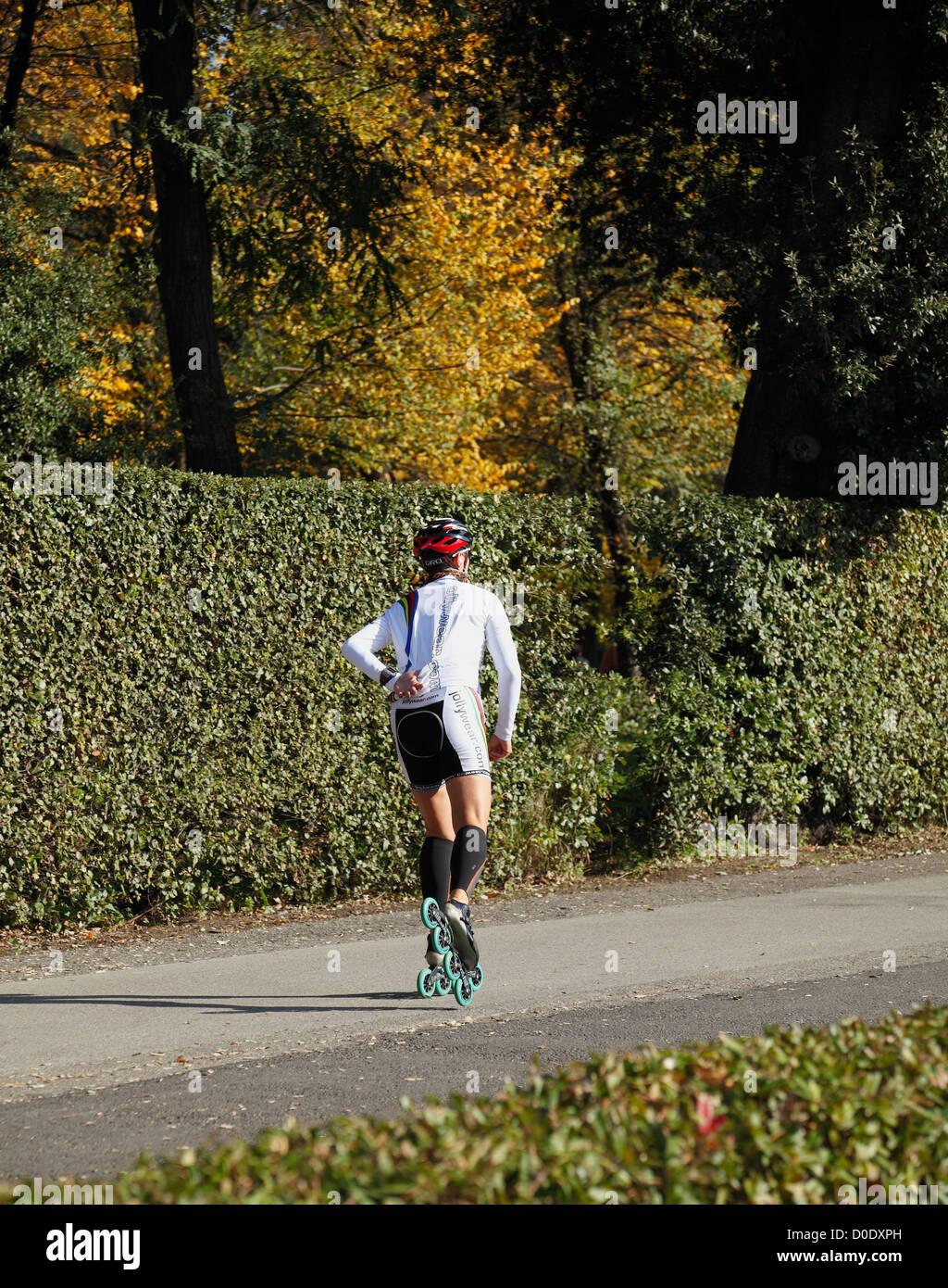 Sportler auf Inline-Skates - Stock Image