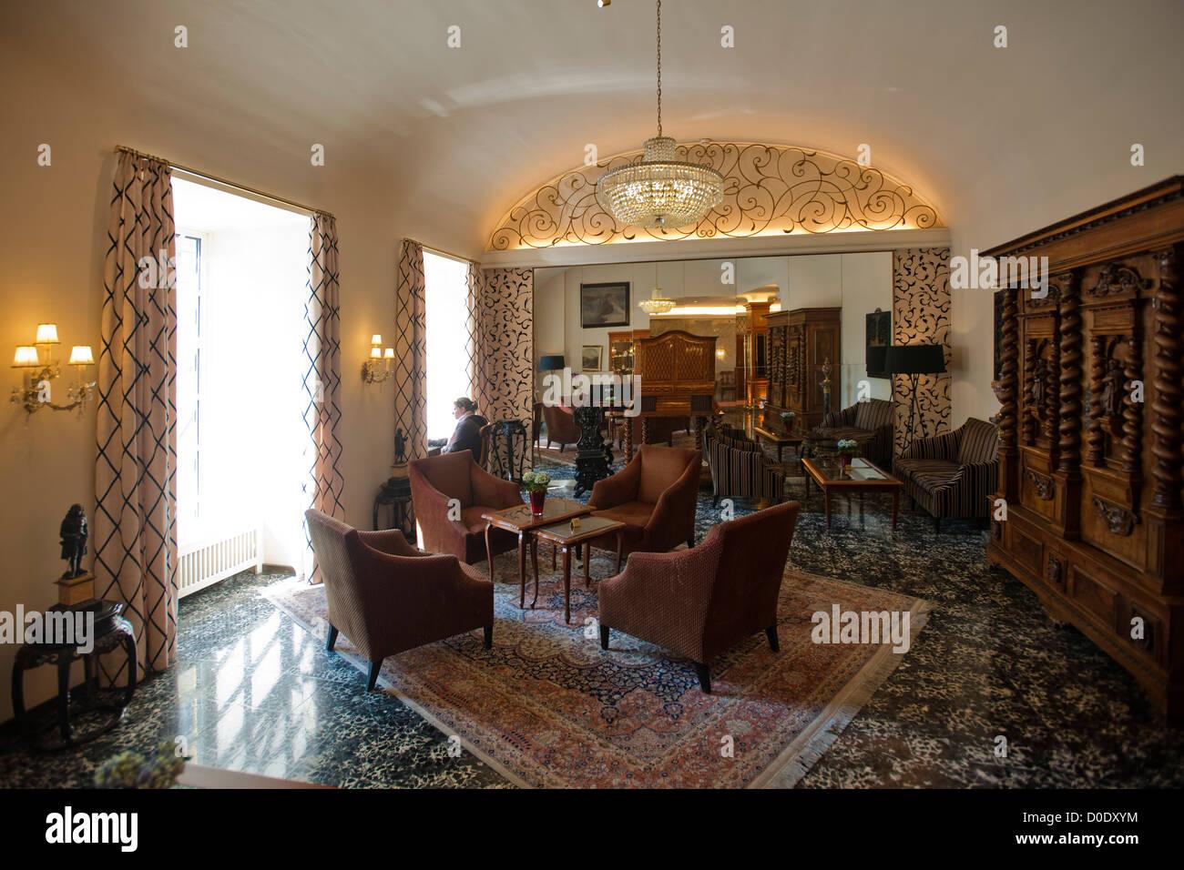 Österreich, Wien II, Hotel Stefanie, Taborstrasse 12, Lobby mit kostbaren Antiquitäten - Stock Image