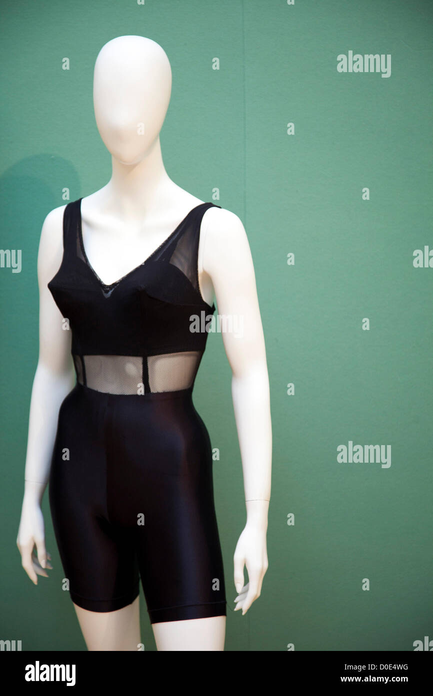 Bra Cups Stock Photos   Bra Cups Stock Images - Alamy 463a41f47