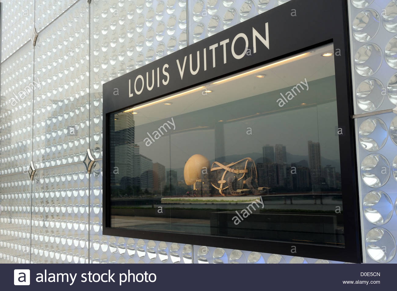 029c96ba4ab Macau S.A.R, China, Louis Vuitton store Stock Photo: 51942709 - Alamy