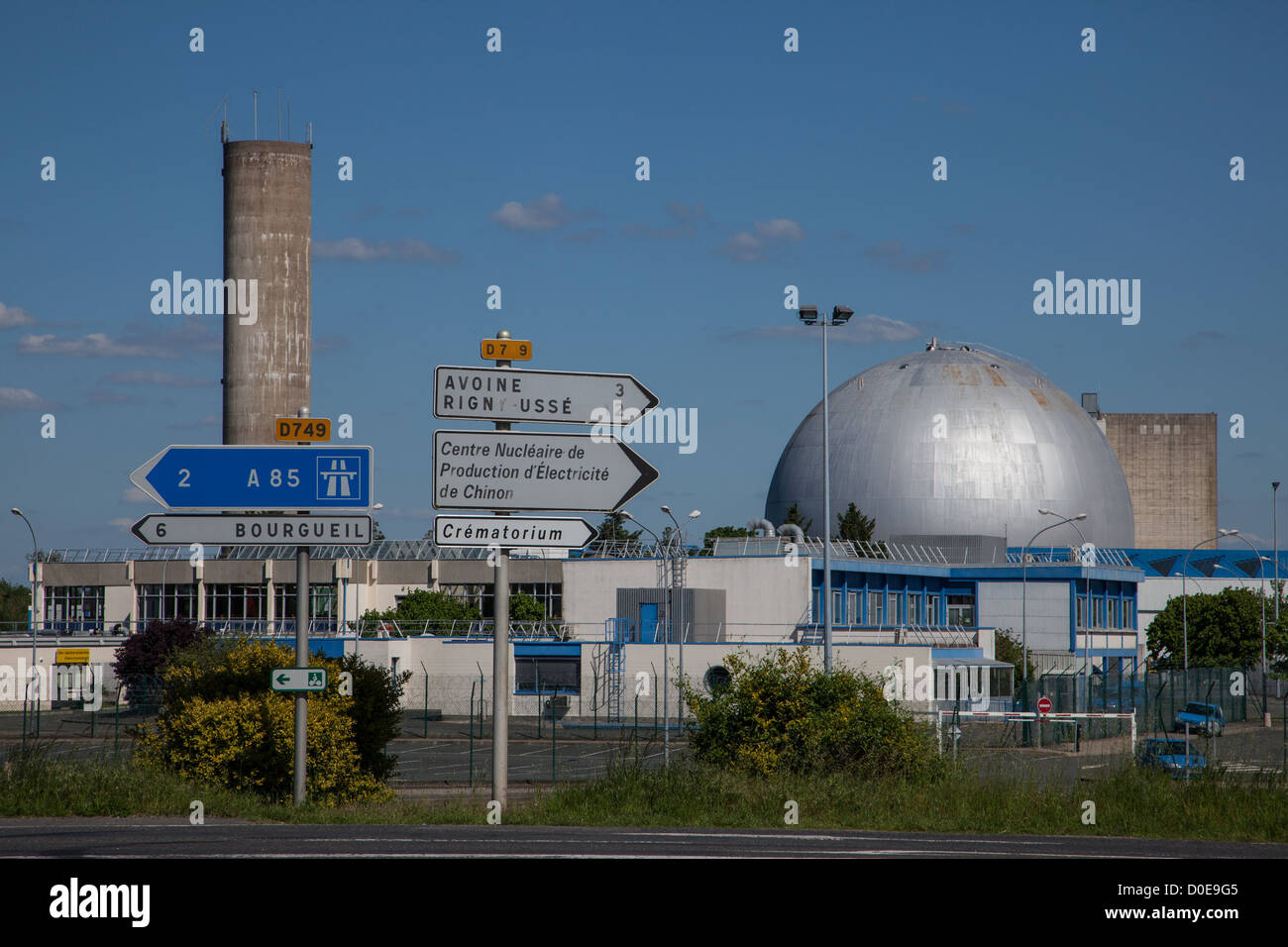 NUCLEAR POWER PLANT IN CHINON INDRE-ET-LOIRE (37) FRANCE - Stock Image