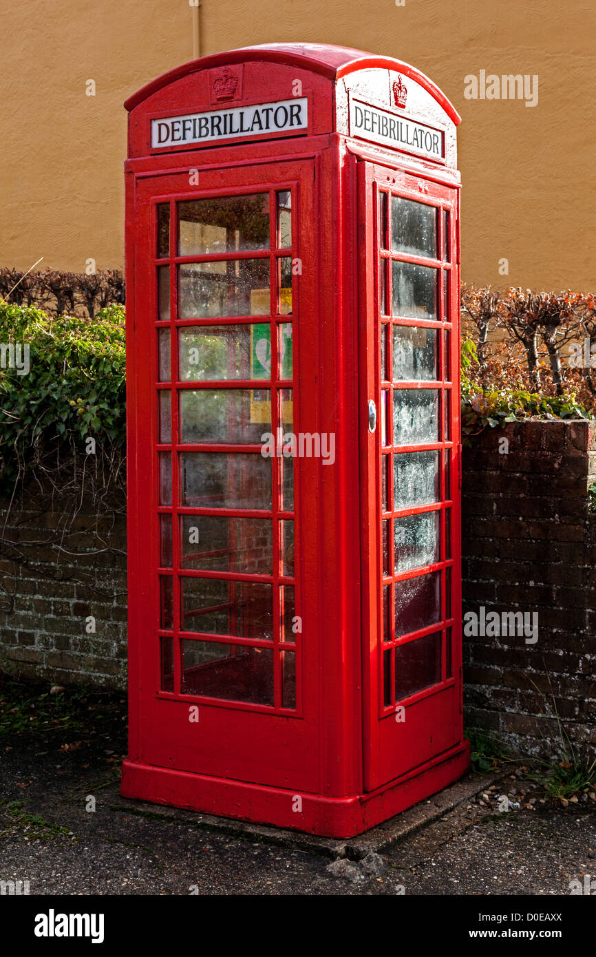 Mobile Defibrillator Housed in Old Telephone Kiosk - Stock Image