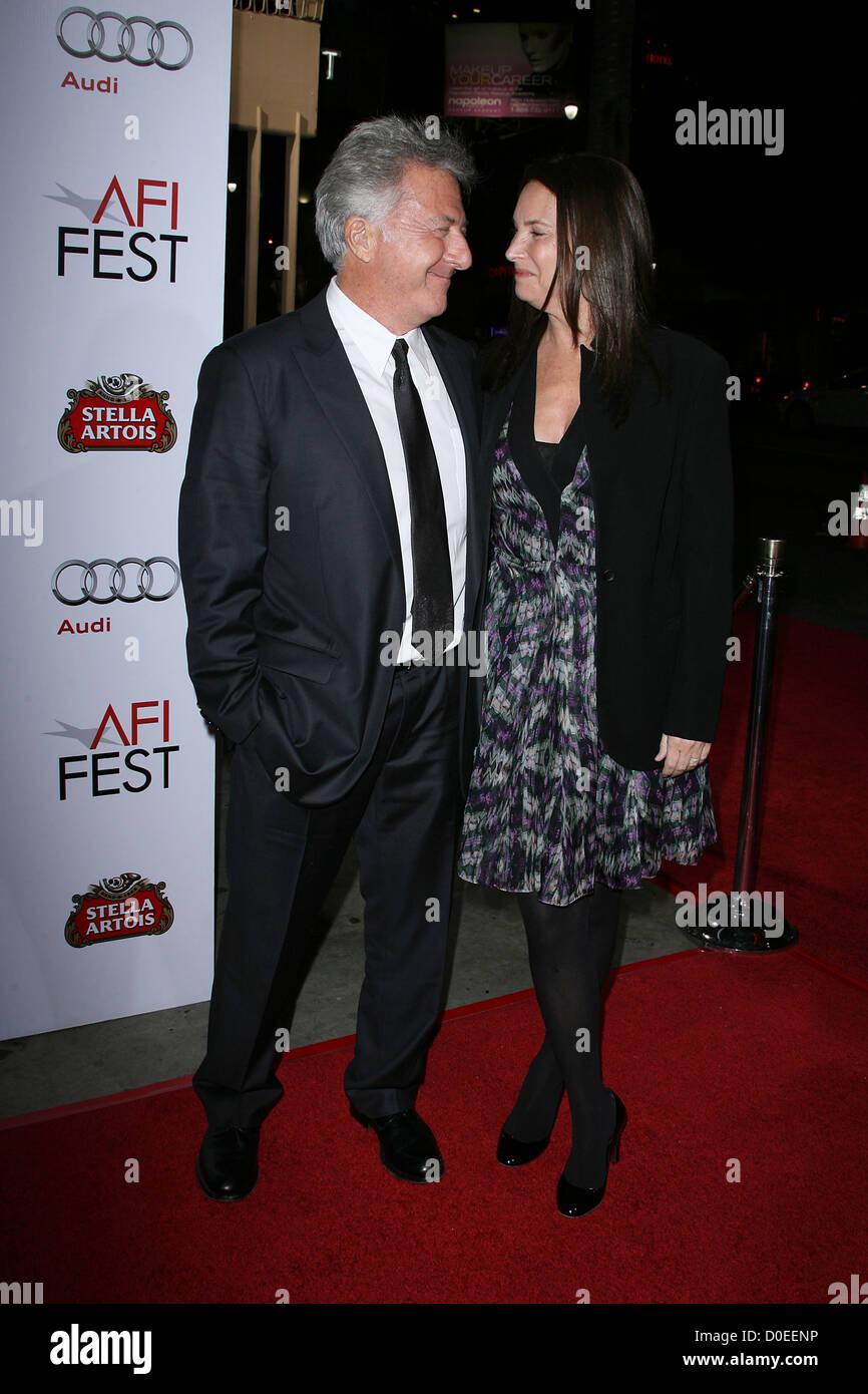 Dustin Hoffman and wife Lisa Hoffman AFI Fest 2010 Centerpiece Gala Screening of 'Barney's Version' - Stock Image