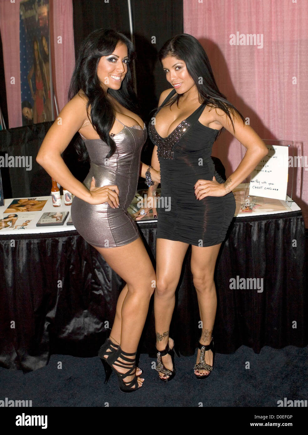 Kiara Mia And Alexis Amore Exxxotica Expo At The New Jersey Expo Center New Jersey
