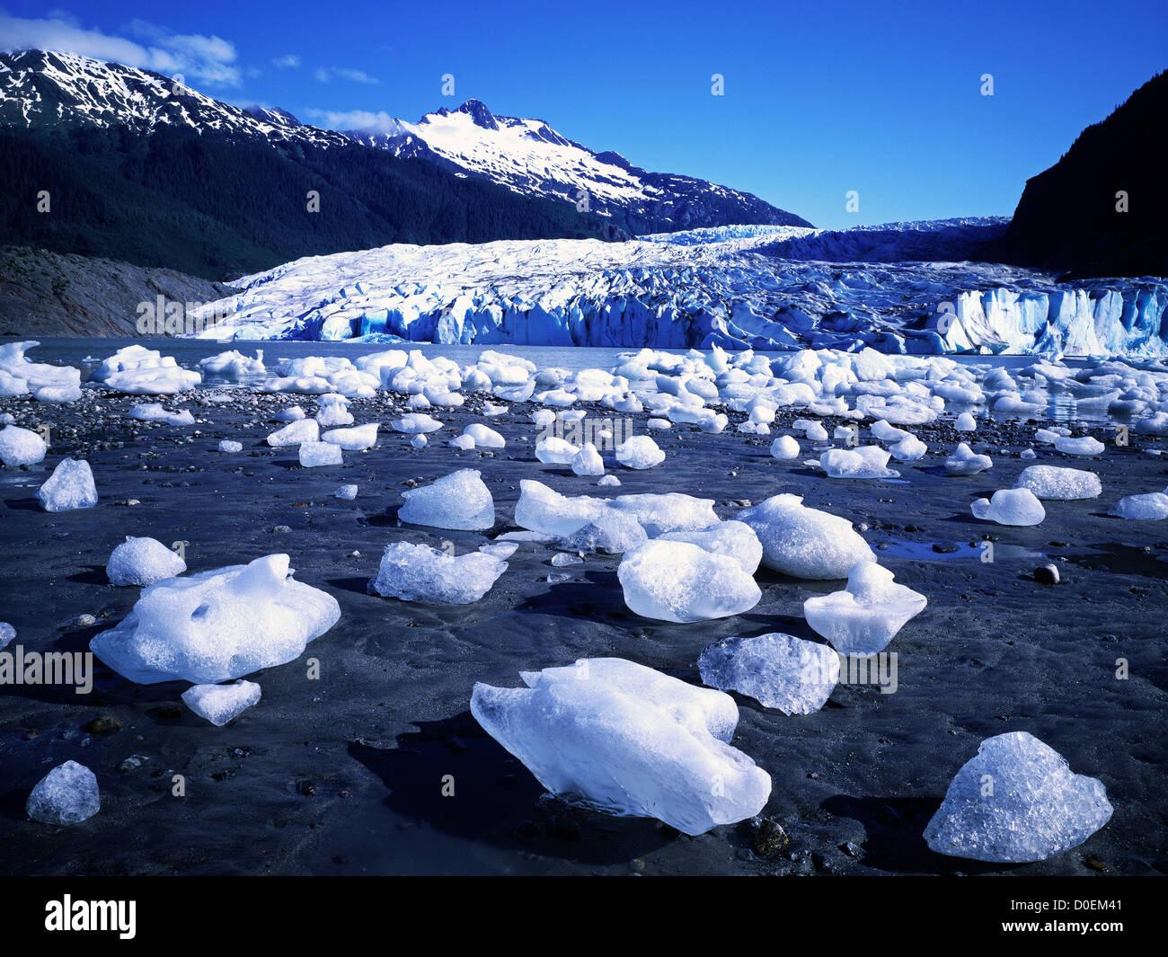 Icebergs Along the Shore of Mendenhall Lake, Alaska - Stock Image