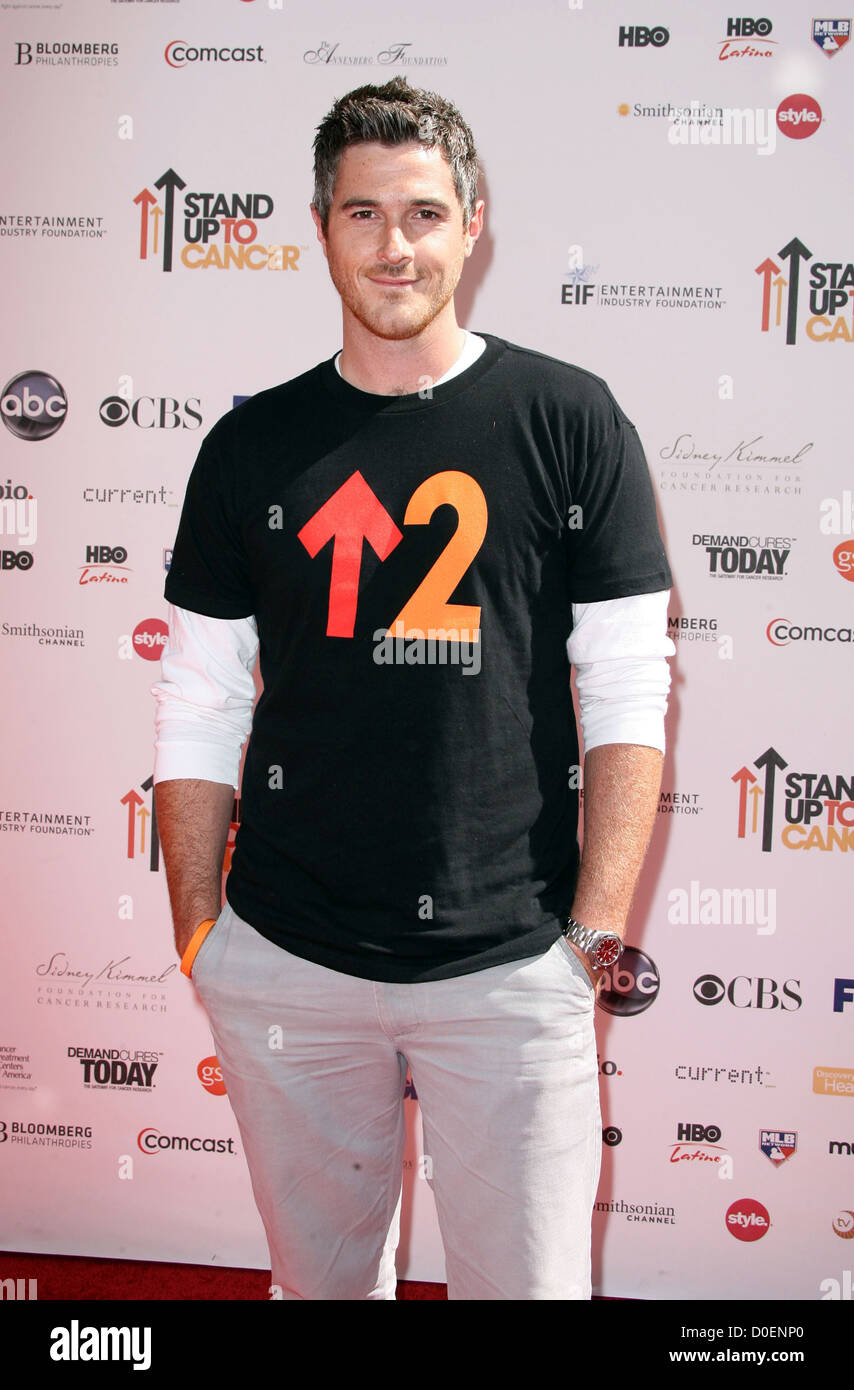 747868b1084 Dave Annable Stand Up To Cancer - Arrivals held at Sony Studios Los  Angeles