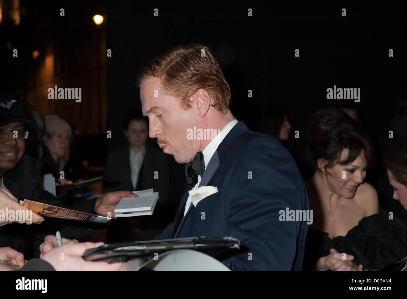Damian Lewis at Evening Standard Theatre Awards 2012, The Savoy, London 25th November 2012 British actor signing - Stock Image