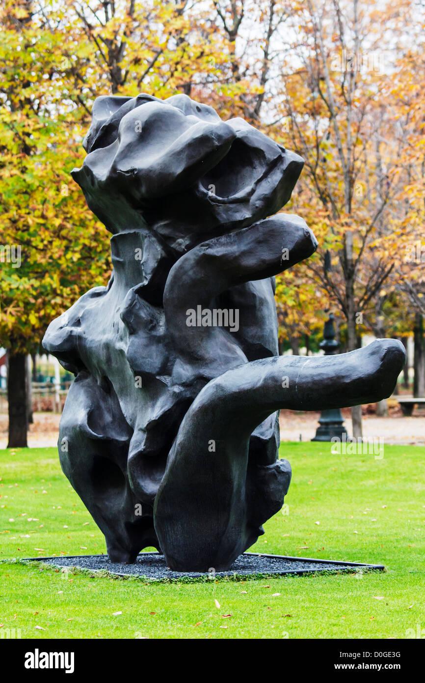 Standing Figure (1969, cast 1984)  by Willen de Kooning (1904-1997), Jardin des Tuileries, Paris, France - Stock Image