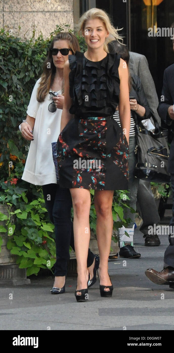 Rosamund Pike leaving her hotel for 'Barney's Version' press conference at the 35th Toronto International - Stock Image