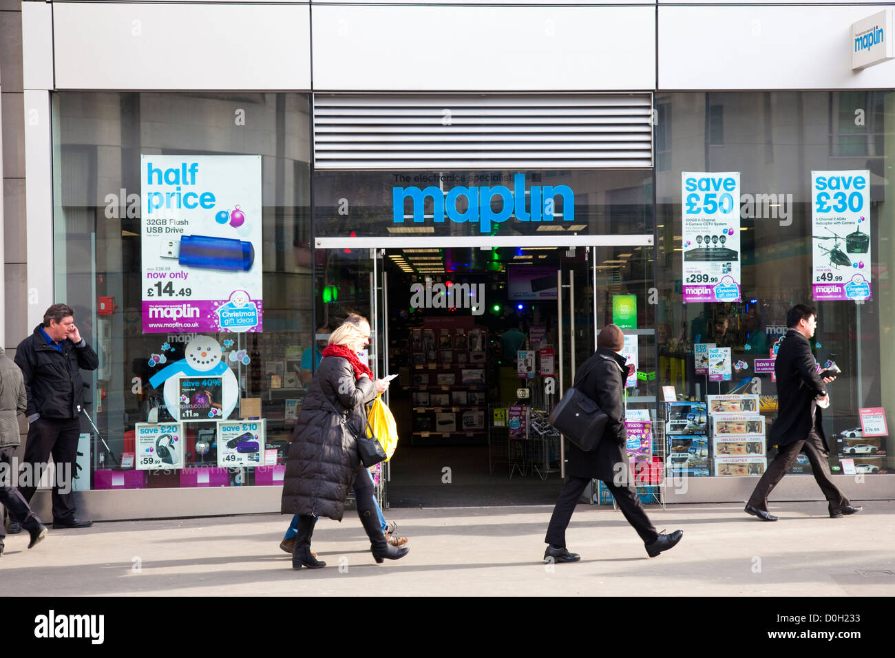 Shop front, Maplin, electrical goods retailer, Cheapside, London, UK - Stock Image