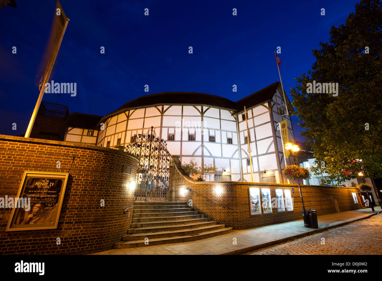 A view of Shakespeare's Globe Theatre on the banks of the river Thames. - Stock Image