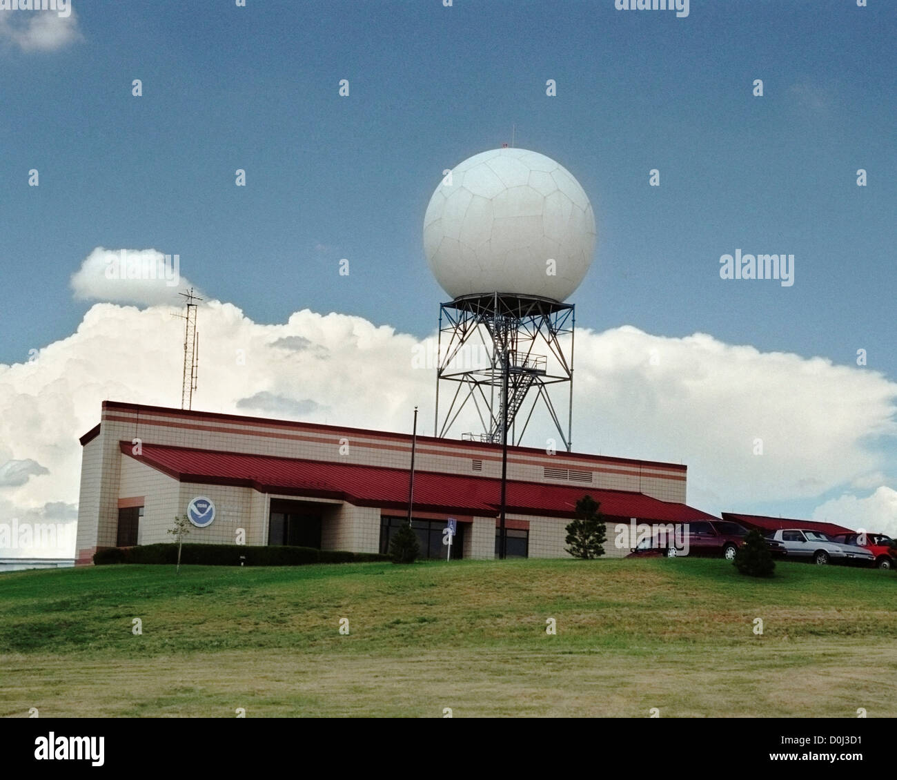 Doppler Radar at the National Weather Service in Dodge City, Kansas