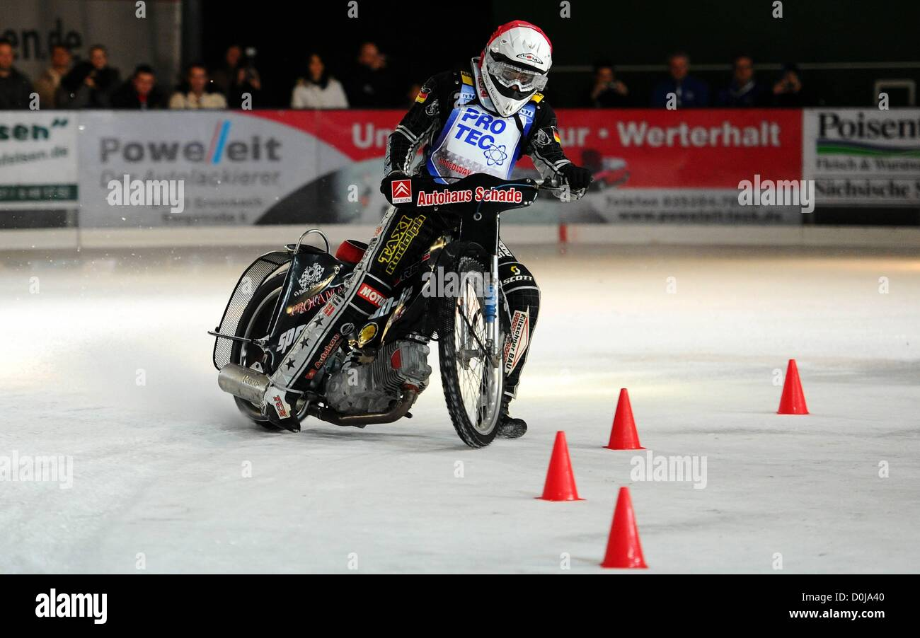 25.11.2012. Freital Speedway, Germany. Ice Speedway competition. Richard Geyer Germany - Stock Image