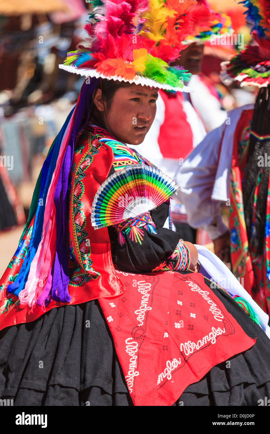 Woman wearing a traditional dress on Isla Taquile, Lake Titicaca, Peru - Stock Image