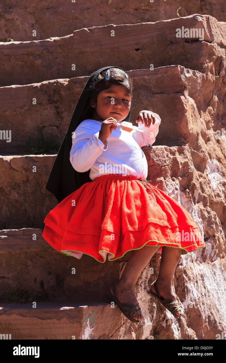 Little girl on Isla Taquile, Lake Titicaca, Peru - Stock Image