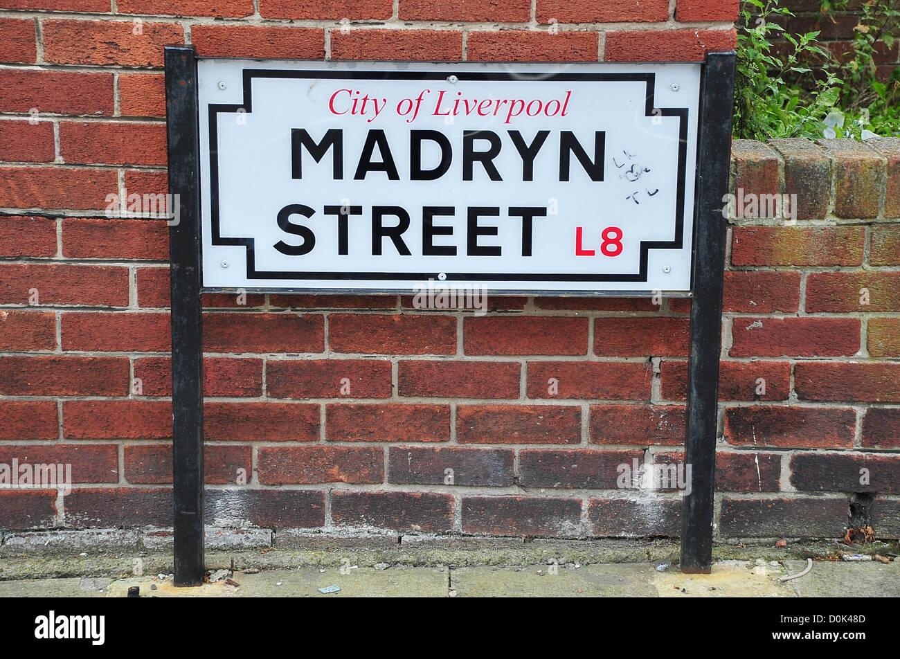 Enjoyable Ringo Starrs Childhood Home 9 Madryn Street Liverpool Home Interior And Landscaping Eliaenasavecom